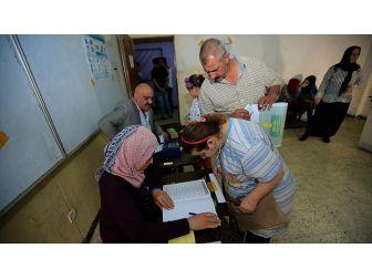 Irak'ta 'Uygunsuzluk İddiaları' Gölgesinde Düşük Katılımlı Seçim