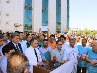 Sağlık Çalışanları Dr. Bahattin Ahmet Yalçın'ın Darp Edilmesini Kınadı