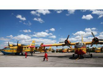 'Yangın Söndürme Uçakları Yunanistan'a Yardım İçin Bekliyor'