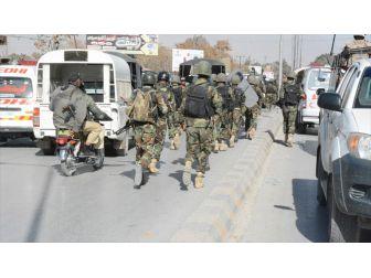 Pakistan'da Oy Kullanma Merkezi Dışında İntihar Saldırısı: 31 Ölü