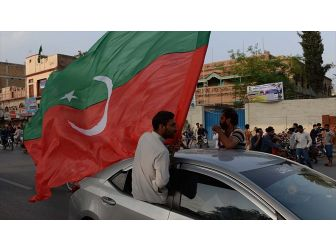 Pakistan'da Federal Ve Eyalet Meclis Seçimlerinde Ptı Önde