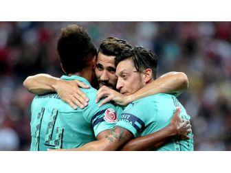 Arsenal, Psg'yi Farklı Yendi