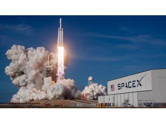 Spacex İle Boeing İnsanlı Uzay Uçuşlarına Başlıyor