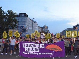AB Göç Politikaları Protesto Edildi