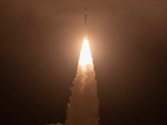 NASA 1 Milyar Dolarlık Buzul İnceleme Uydusu Fırlattı