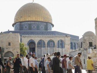 420 Fanatik Yahudi Mescid-i Aksa'ya Baskın Düzenledi