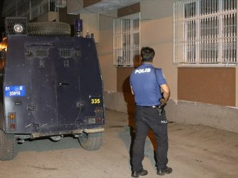 Adana'da Terör Örgütü PKK Propagandası Yapan Zanlılar Yakalandı