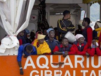 """""""Göçmen Anlaşması"""" İtalya'nın Beklentilerine Takıldı"""