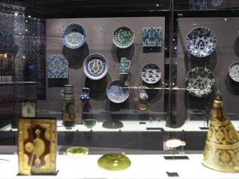 İslam Sanat Eserleri Louvre'de Sergileniyor