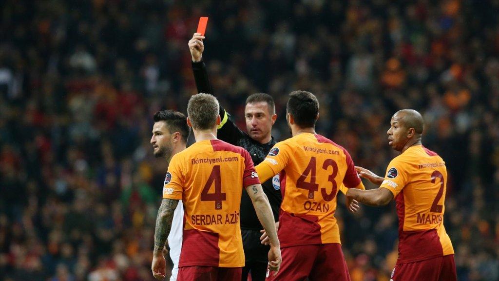 Galatasaray'a ceza yağdı! Öyle böyle değil! İşte alınan kararlar