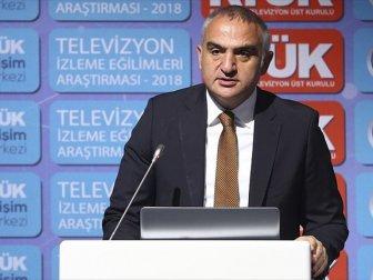 Bakan Ersoy: 'Türkiye Dizi İhracatında Önemli Bir Mesafe Katetti'