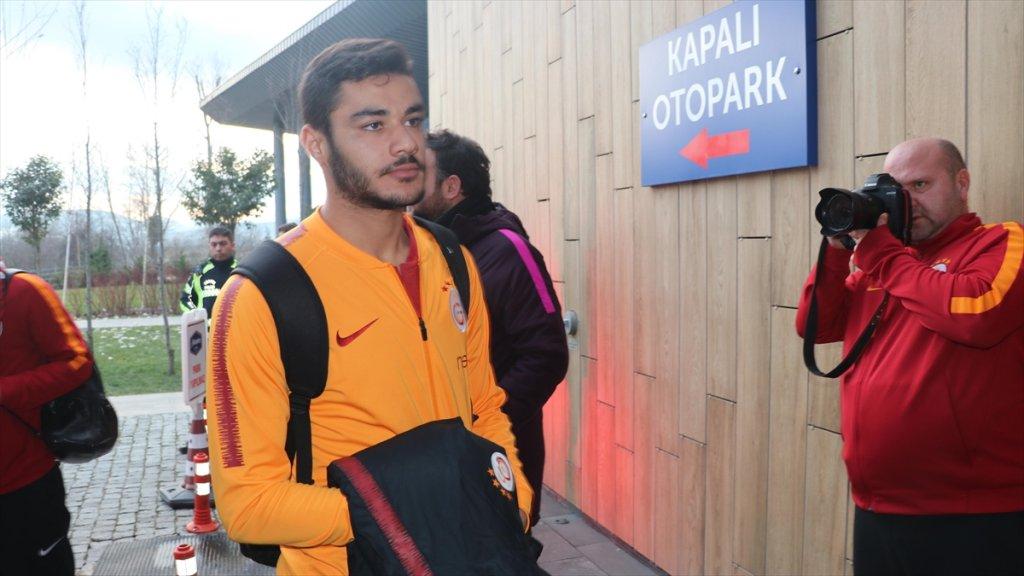 Ozan Kabak'ın Stuttgart'a Transferi Almanya Basınında