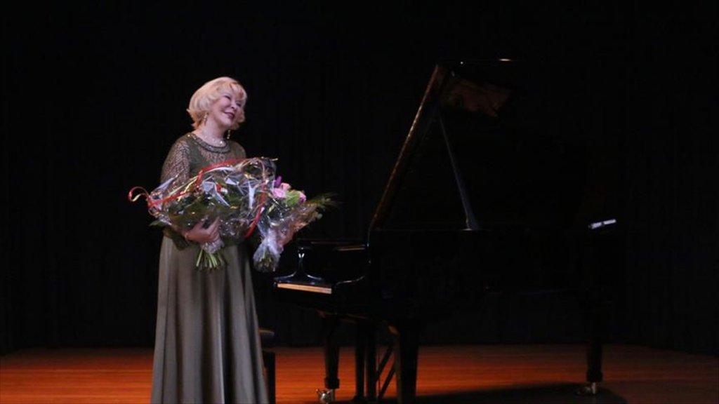 Almanya'da Gülsin Onay Konseri