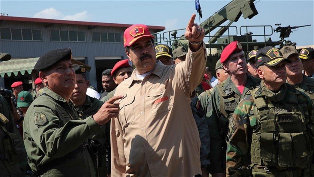 Abd Çemberi Daraltıyor Maduro Direniyor