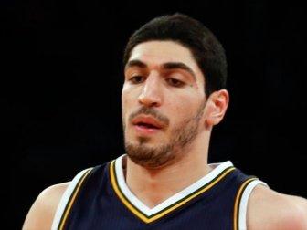 New York Knicks, Enes Kanter'i Gönderdi