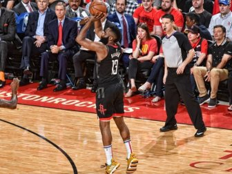 Houston Rockets'ı Warriors Durdurdu