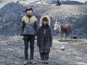 Çocuk Maden İşçilerinin Yaşam Mücadelesi: 'Afgan Kömürü' Belgeseli