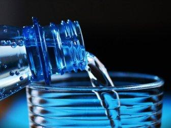 Prof. Dr. Oğuz: 'Ses Sağlığınız İçin Günde 2 Litre Su İçin'