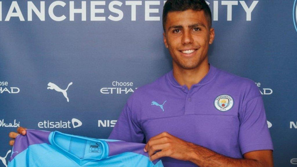 Manchester City, Rodrigo'yu Transfer Etti