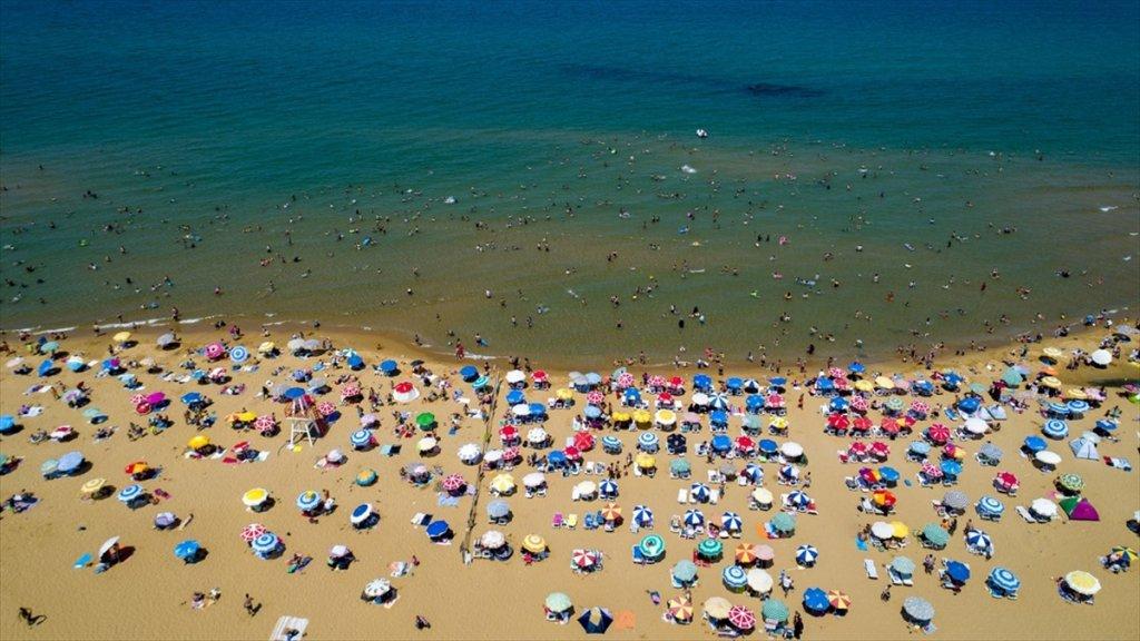 'İstanbul'un 81 Plajı Da Denize Girmek İçin Uygun'