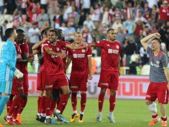 Yenilenen Sivasspor Gole Doymadı