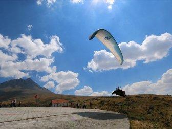 Yamaç Paraşütünde Aranan Adres: Hasan Dağı