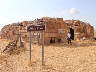 Selçuklu Dönemi Eserlerinden Tarihi Atlas Han Turizme Kazandırılmayı Bekliyor