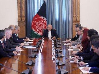 Afganistan Cumhurbaşkanı Gani ABD Özel Temsilcisi Halilzad'la Görüştü