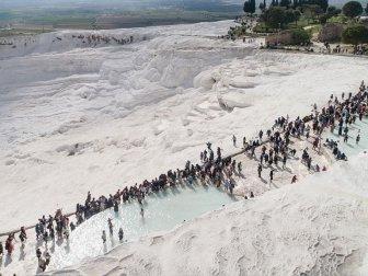 Pamukkale'ye Üç Ayda 1 Milyon 100 Bin Ziyaretçi