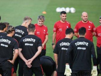 Milliler Moldova Maçı Hazırlıklarına Başladı