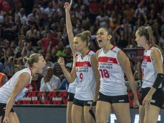 A Milli Kadın Voleybol Takımı Türkiye'nin Gururu Oldu