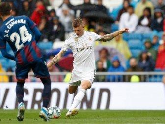 Real Madrid, Sahasında Levante'yi 3-2 Yendi