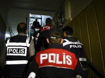 Türkiye Genelinde Aranan 2 Bin 806 Şüpheli Yakalandı