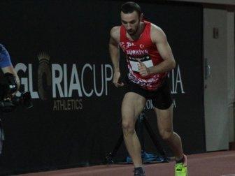 Milli Atlet Necati Er'den Üç Adım Atlamada Tarihi Başarı