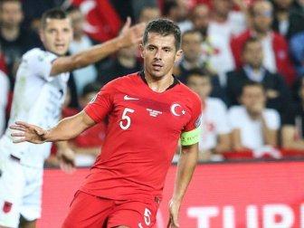 Emre Belözoğlu Fransa Maçında Forma Giymeyecek