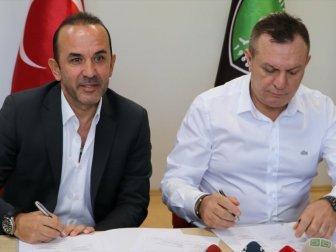 Yukatel Denizlispor'da Mehmet Özdilek Dönemi Resmen Başladı