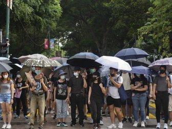 Hong Kong'da Protestocular Taktik Değiştirdi