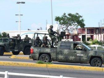 Meksika'da Hükümet Culiacan Kentine İlave Askeri Birlik Sevk Etti