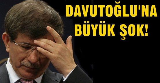 AKP'li belediyeden Davutoğlu'na şok