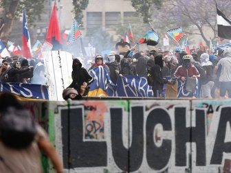 Şili'de Hükümet Karşıtı Gösteriler Durulmuyor