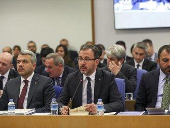 '25 Vakıf Üniversitesiyle Yüzde 100 Spor Bursunu İmzalıyoruz'