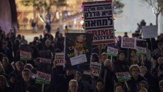 İsrail'in Son Bir Yılına Koalisyon Krizi ve Yolsuzluk İddiaları Damga Vurdu