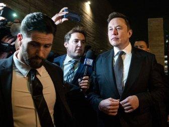 Elon Musk İngiliz Dalgıca 'Pedofil' Suçlamasından Mahkemeye Çıktı