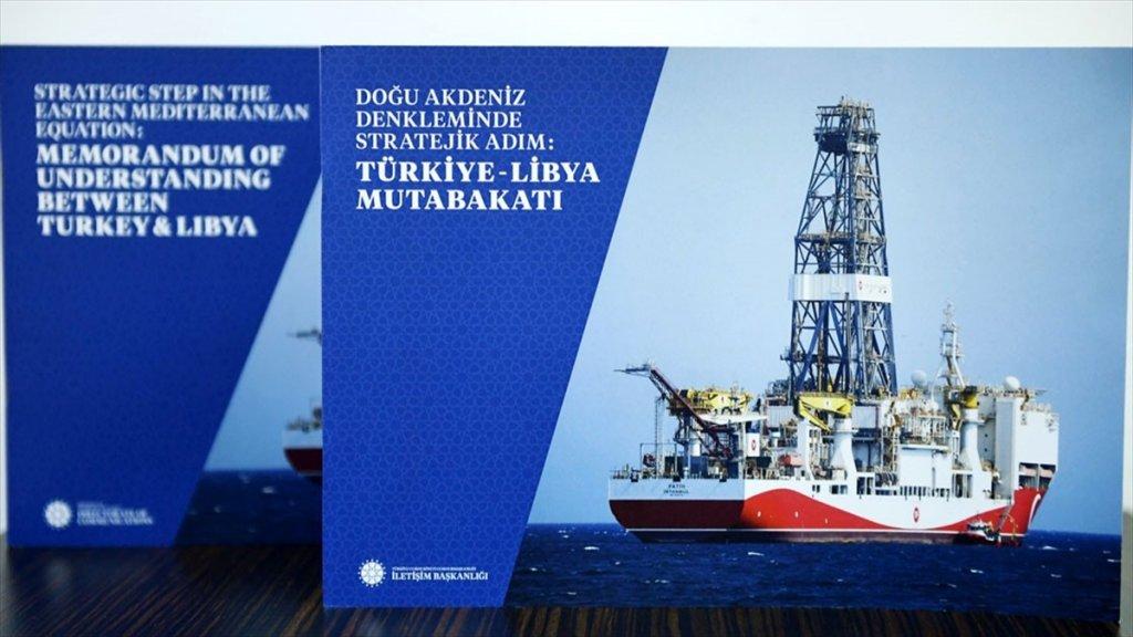 Erdoğan'dan Putin'e 'Türkiye-libya Mutabakatı' Kitabı