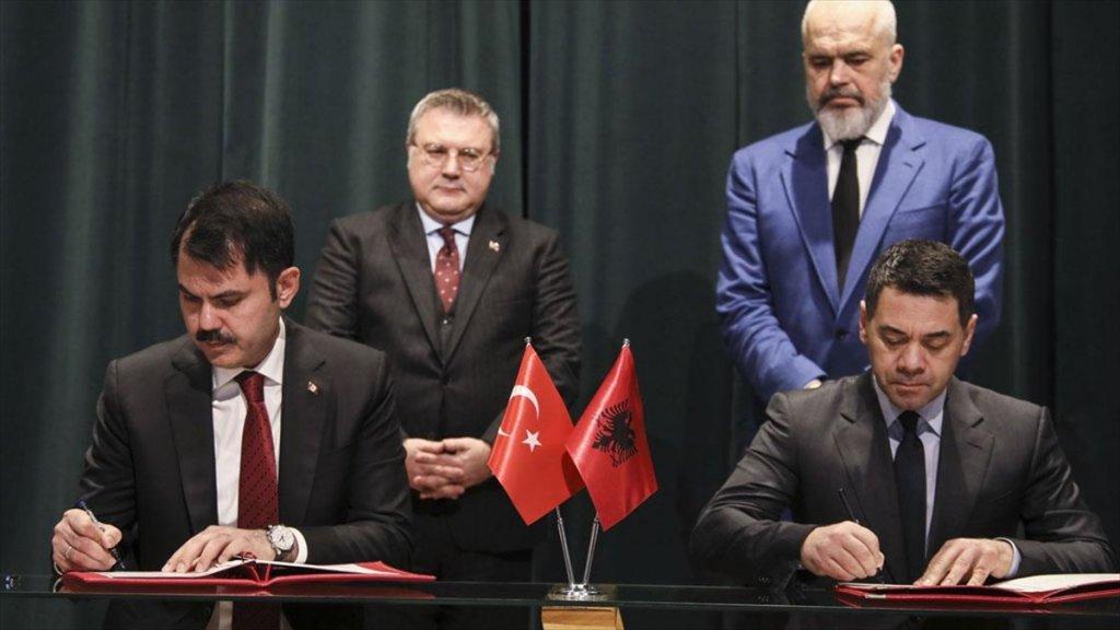 Türkiye İle Arnavutluk Arasında '500 Konut İnşası' Protokolü İmzalandı