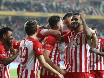 Antalyaspor 7 Maçlık Galibiyet Hasretini Sonlandırdı