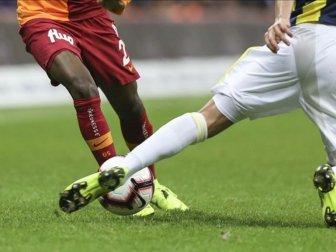 Fenerbahçe-Galatasaray Karşılaşmasında Beraberlik Ön Plana Çıkıyor