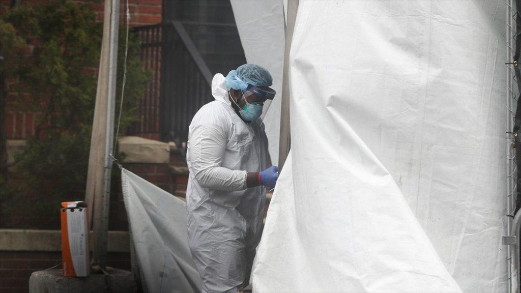 New York'ta Koronavirüs kabusu tırmanışa geçti! Validen korkutan açıklama