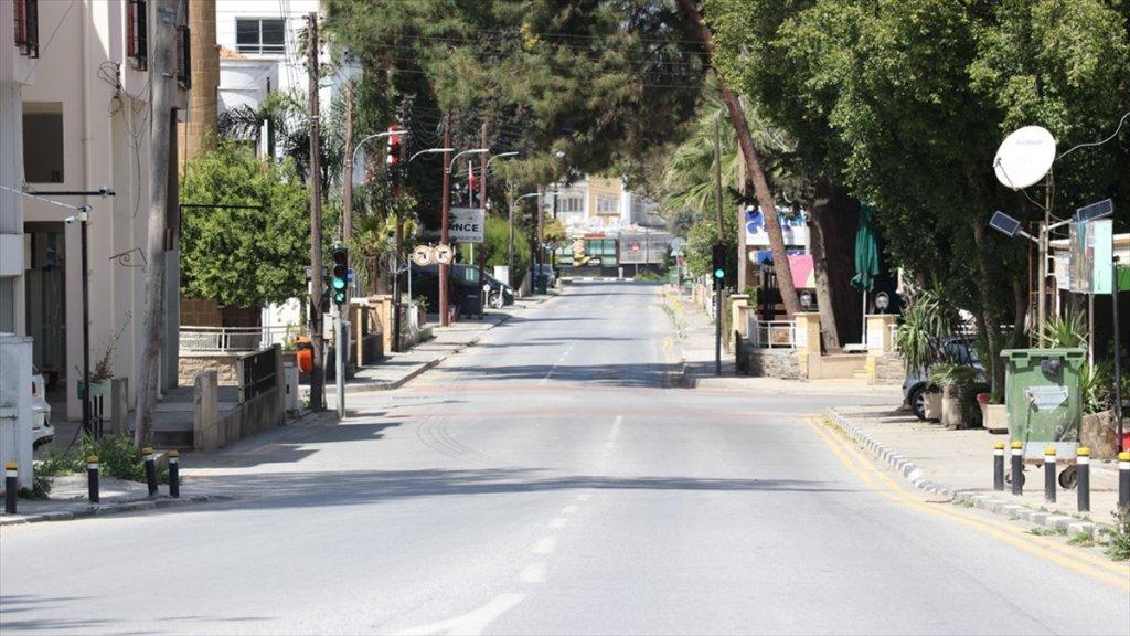 Kktc'de salgın önlemi olarak İlçeler Arası Seyahate yasak geldi