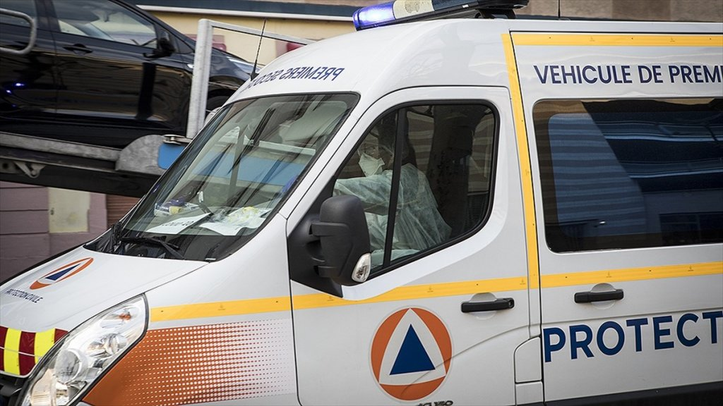 Fransa'da Kovid-19 Salgınındaki son durum endişe yarattı